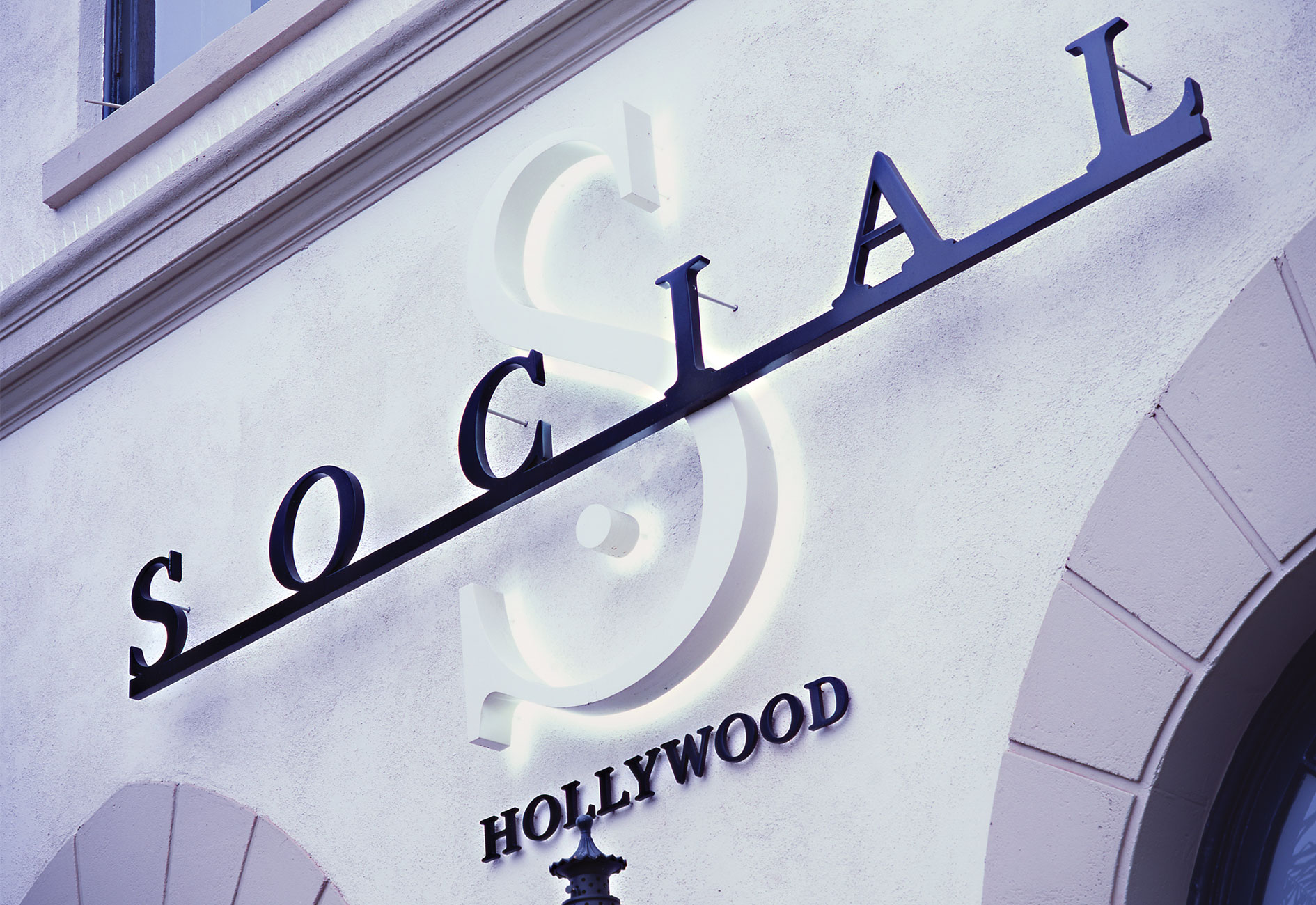 SOCIAL HOLLYWOOD by Mark Zeff Design